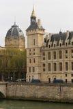 Het oriëntatiepunt van Parijs stock foto's