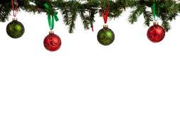Het ornament/de snuisterijen die van Kerstmis van slinger hangen Stock Fotografie