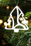Het ornament van de de besnoeiingsKerstboom van het document royalty-vrije stock foto's
