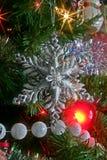 Het Ornament van de Sneeuwvlok van Kerstmis Stock Foto's