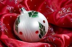 Het Ornament van Kerstmis van de hulst Royalty-vrije Stock Foto's
