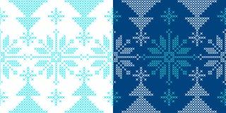 Het ornamentpatroon van de vakantie met sneeuw en Kerstmisboom Royalty-vrije Stock Afbeelding