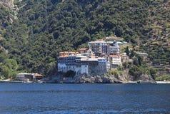 Het Orthodoxe klooster van Grigorita op Athos Peninsul royalty-vrije stock foto