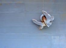 Het oude anker is in het schip Royalty-vrije Stock Afbeeldingen