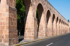 Het Oude Aquaduct van Morelia, Michoacan (Mexico) Stock Afbeelding