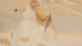 Het Oude Beeldhouwwerk van de Sfinx stock videobeelden