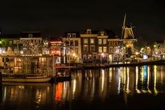 Het oude Centrum van de Stad van Leiden stock afbeelding