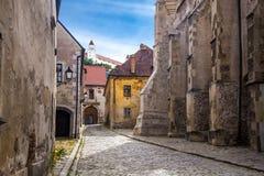 Het oude deel van Bratislava van stad stock foto's
