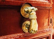 Het oude deurhandvat Stock Foto's