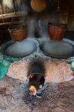 Het oude oude fornuis voor maakt rots tot zout Inheemse Kennis van kluea van BO in Nan-stad Stock Fotografie