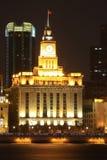 Het oude gebouw bij de dijk in Shanghai Royalty-vrije Stock Foto's
