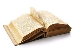 Het oude geopende boek met een pagina teared uit Royalty-vrije Stock Foto's
