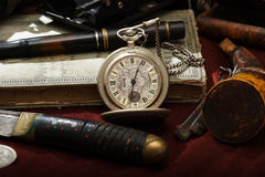 Het oude horloge nog-leven royalty-vrije stock foto's