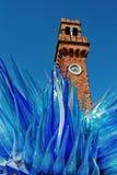 Het oude horloge van de baksteentoren op muranoeiland Venetië Stock Fotografie