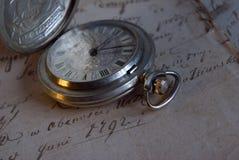 Het oude horloge van de zak royalty-vrije stock foto's