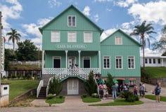 Het oude Houten Huis van het Land royalty-vrije stock foto