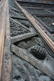 Het oude houten jacht snijden op deuren dicht omhoog Stock Fotografie