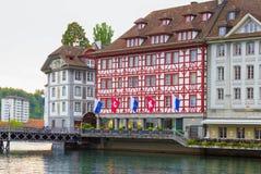 Het oude huis in Luzerne, Zwitserland Stock Afbeelding