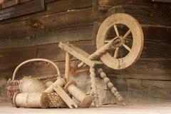 Het oude hulpmiddelen weven Stock Afbeeldingen