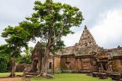 Het oude kasteel van de zandsteen in geschiedenis, Phanomrung-kasteel Stock Foto's