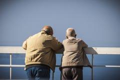 Het oude mens babbelen Stock Fotografie