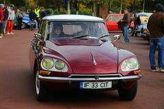 Het oude model van Citroën Diane 2CV Royalty-vrije Stock Afbeeldingen