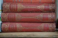 Het oude rode nietje van boekenshakespeare royalty-vrije stock foto's