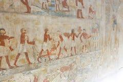 Het oude schilderen op muur bij Egyptische Graven stock fotografie