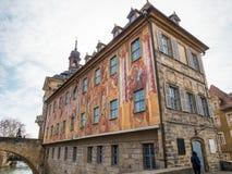 Het Oude Stadhuis, riep Altes Rathaus in het Duits in Bamberg royalty-vrije stock foto's