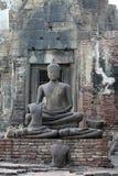 Het oude standbeeld van Boedha Stock Foto's