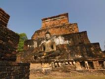 Het oude standbeeld van Boedha in Wat MahaThat, het Historische Park van Sukhothai, Thailand Stock Afbeeldingen