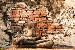 Het oude standbeeld van Boedha in Wat Mahathat-tempel, Ayutthaya, Thailand Stock Fotografie