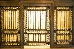 Het oude venster van de klantendienst Stock Foto's