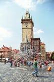Het oude vierkant van de Stad in Praag, Tsjechische Republiek Stock Afbeeldingen