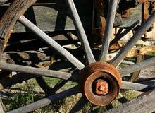 Het oude Wiel van de Wagen Stock Afbeelding