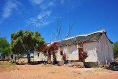 Het ouderwetse Huis van het Landbouwbedrijf Stock Foto
