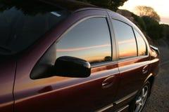 Het overdenken de zonsondergang? Stock Foto's