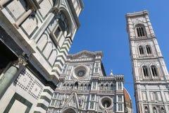 Het overweldigen Duomo in het centrum van de oude stad van Florence royalty-vrije stock foto