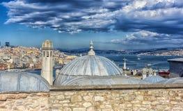 Het Overzees en Bosphorus van Marmara Mening van Suleymaniye-moskee, Istanboel, stock foto
