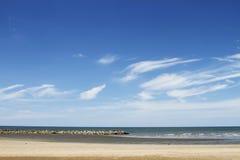 Het overzees en de hemel Stock Afbeeldingen