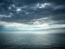 Het overzees na onweer stock foto's