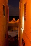 Het overzees tussen de huizen. Royalty-vrije Stock Foto