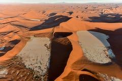 Het Overzees van het Namibzand - Namibië Stock Afbeeldingen