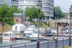 Het overzien van de jachthaven in Duisburg Duitsland Royalty-vrije Stock Afbeelding