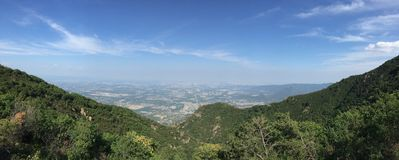Het overzien van de Stad van Peking van Heuveltop royalty-vrije stock foto