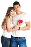 Het paar met rood hart Stock Foto's