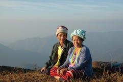 Het paar van de de heuvelstam van Karen in Mae Hong Son, Thailand Stock Afbeeldingen