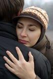 Het paar van de liefde het omhelzen Stock Foto
