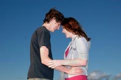 Het paar van de tiener Stock Afbeelding