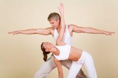 Het Paar van de yoga royalty-vrije stock afbeelding